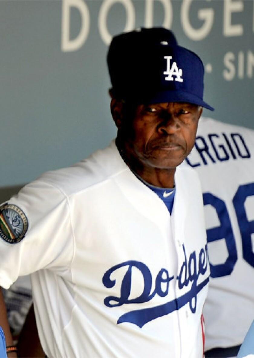Dodgers' Manny Mota enters a new mode