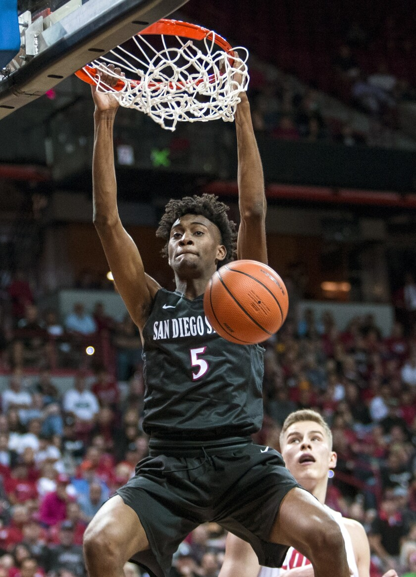 San Diego State forward Jalen McDaniels (5) on a fast break against New Mexico during the first peri