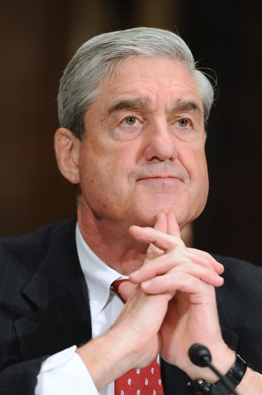 Fotografía de archivo del fiscal especial estadounidense Robert Mueller, asiste a audiencia de supervisión del Comité Judicial del Senado sobre el FBI, en el Capitolio, en Washington DC, (Estados Unidos). EFE/Archivo