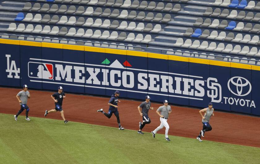Mexico Padres Dodgers Baseball