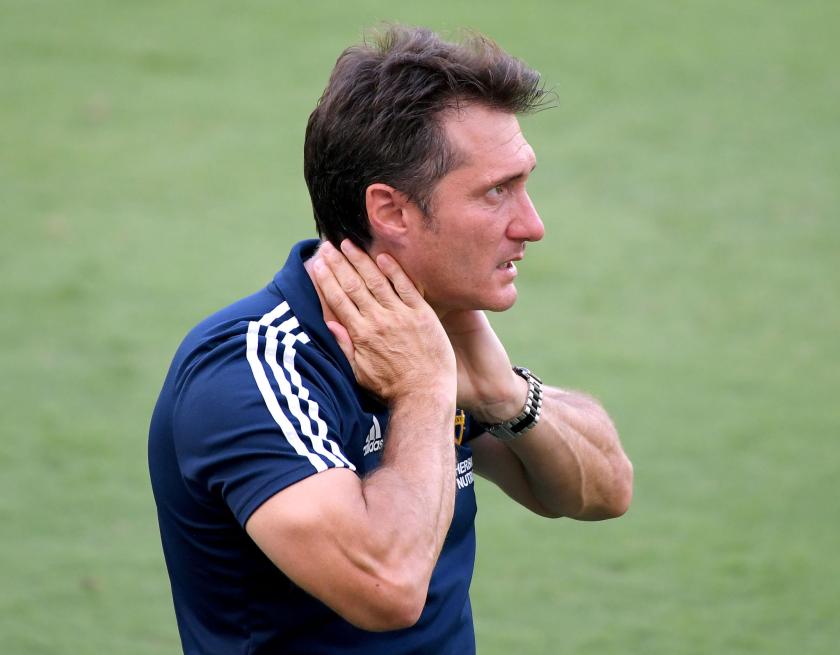 LOS ANGELES, CALIFORNIA - AUGUST 22: Los Angeles Galaxy head coach Guillermo Barros Schelotto reacts.