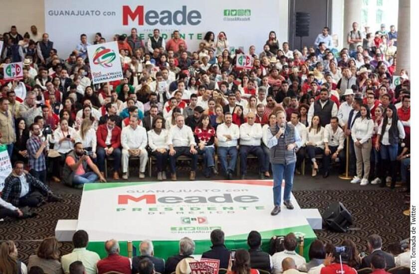 El Partido Revolucionario Institucional (PRI) de Guanajuato prometió a su precandidato presidencial, José Antonio Meade, conseguirle 1.2 millones de votos en las elecciones del 1 de julio, lo que representa 486 mil votos adicionales a los que obtuvo Enrique Peña Nieto en los comicios de 2012.