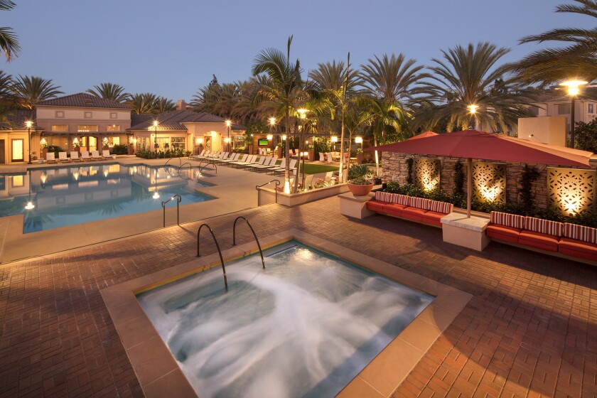 Two resort-style pools and spas beckon you to relax at Del Rio Apartment Homes. Picnic areas include gas barbecues for outdoor dining, and an outdoor lounge is perfect for relaxing with old friends, or making new ones.