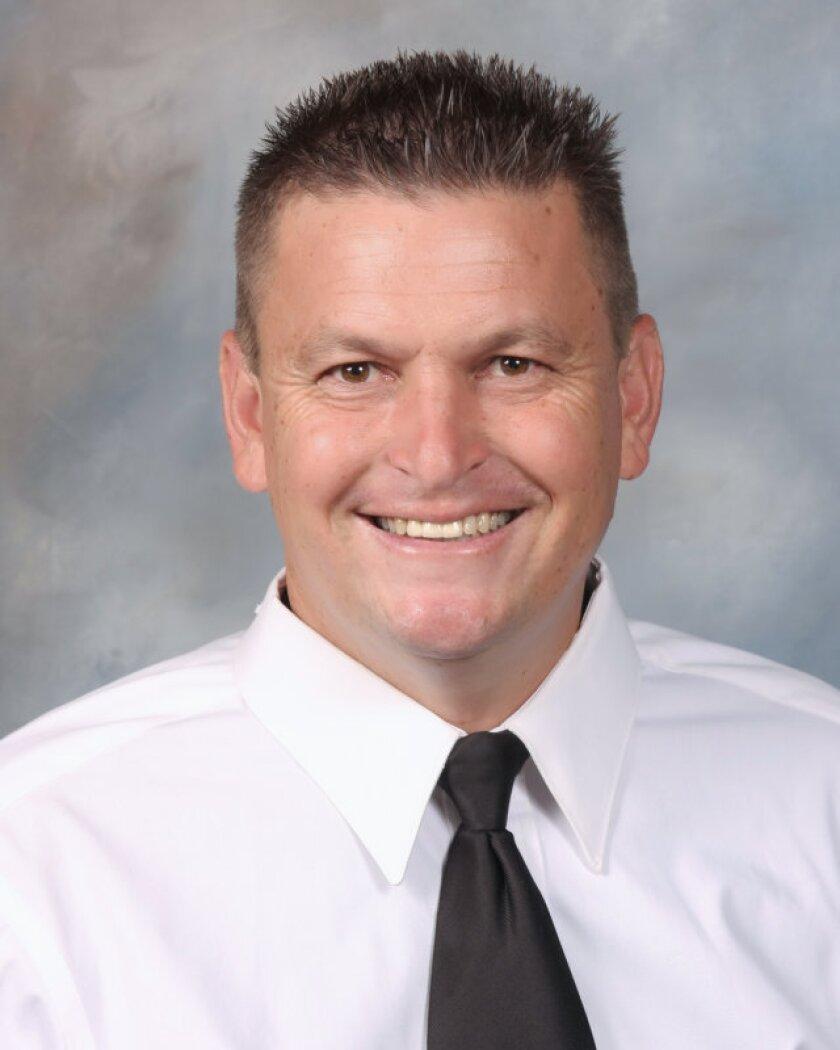 Jon Spencer is leaving Servite to take over the Orange Lutheran soccer program.
