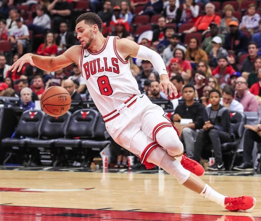 En la imagen, los Bulls de Chicago Zach LaVine. EFE/Archivo