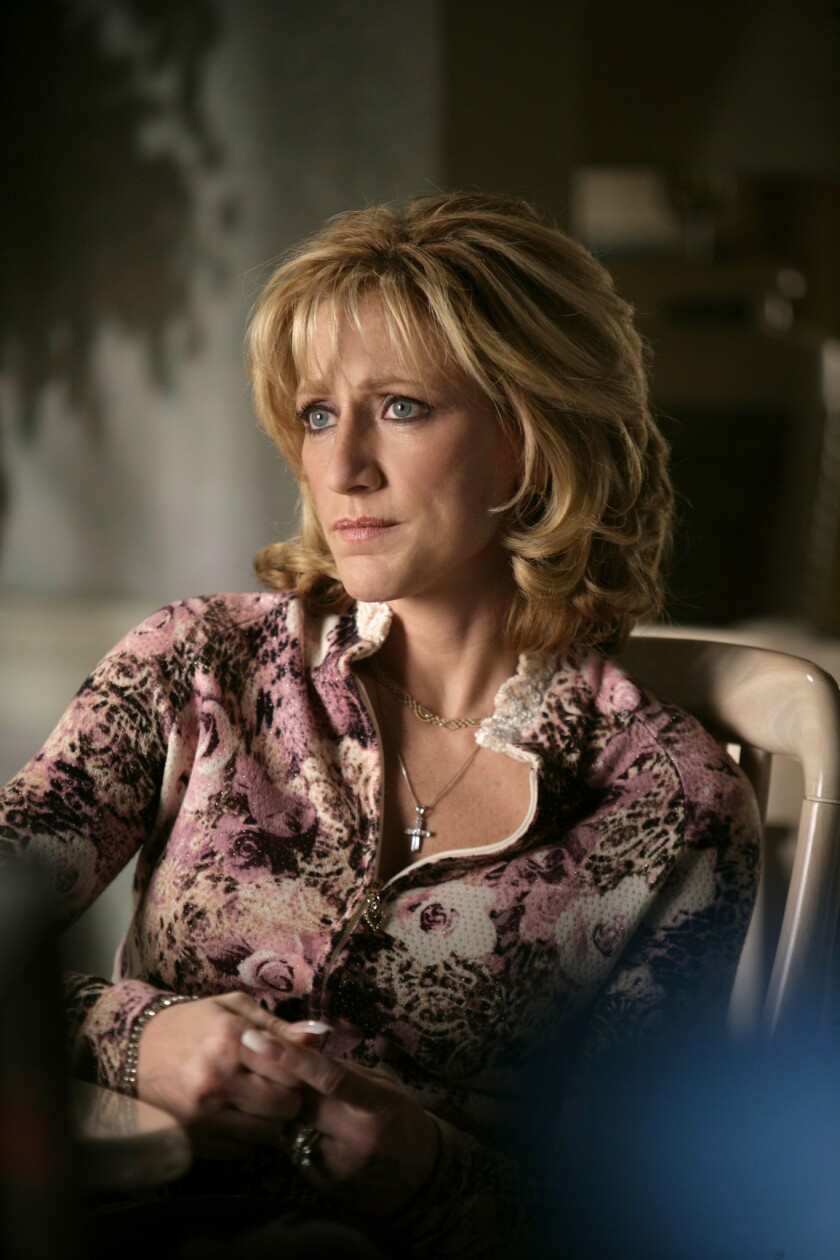 THE SOPRANOS 2006: Edie Falco in the HBO series The Sopranos. photo: Craig Blankenhorn