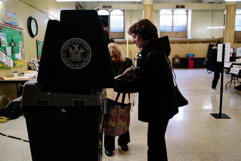 Nueva York decide si renueva alcalde demócrata o da turno a los republicanos