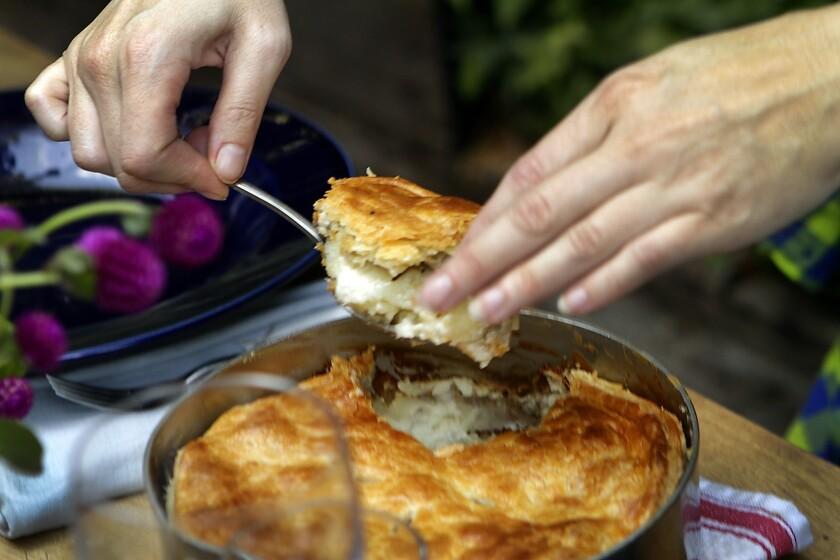 Recipe: Potato and mushroom goat cheese gratin <i>en croute</i>
