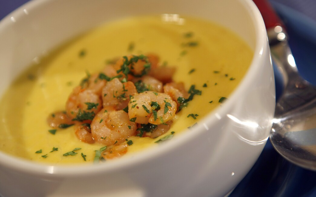Cajun shrimp and corn chowder