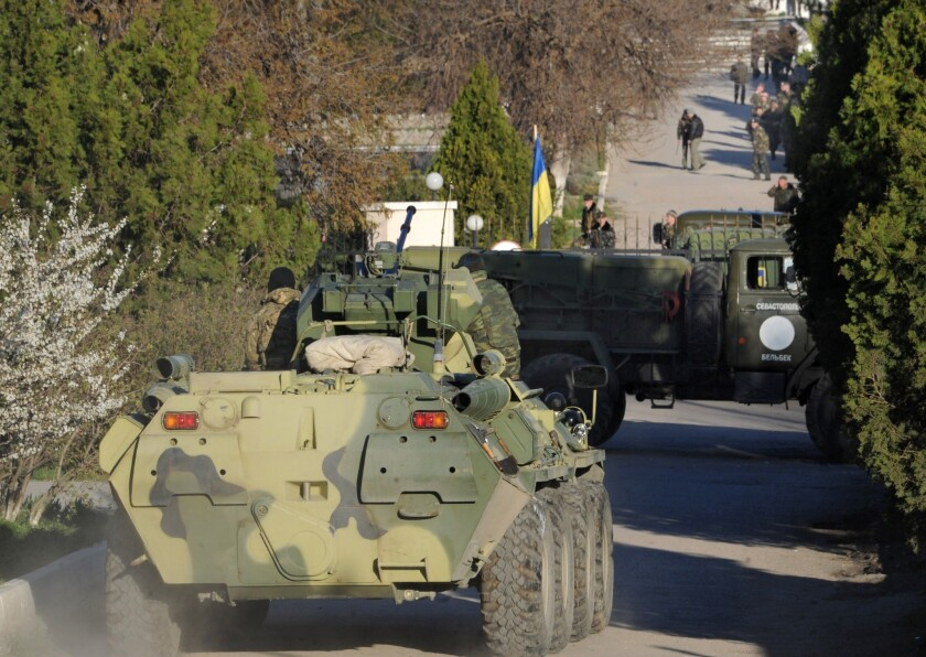 Russians strorm Ukrainian air force base