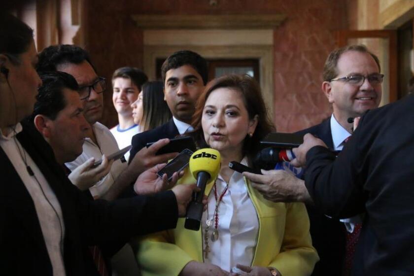 En la imagen, la titular de la Secretaría Nacional de Deportes de Parauay, Fátima Morales (c). EFE/Noelia F. Aceituno/Archivo