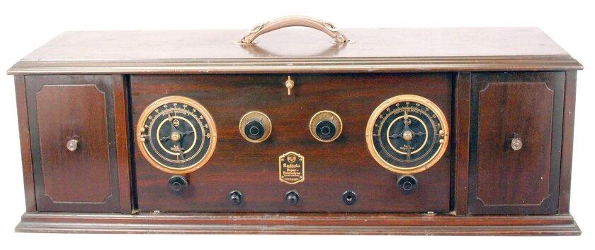 The Radiola Super-Heterodyne.