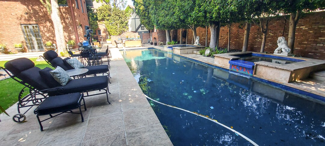 Crown Manor in Coronado features a saltwater pool.