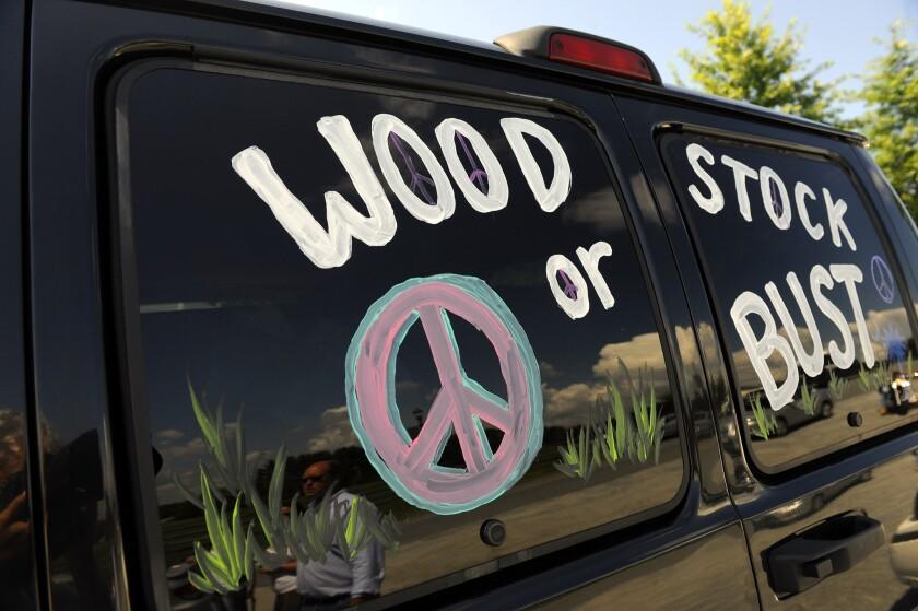 APphoto_Music-Woodstock 50