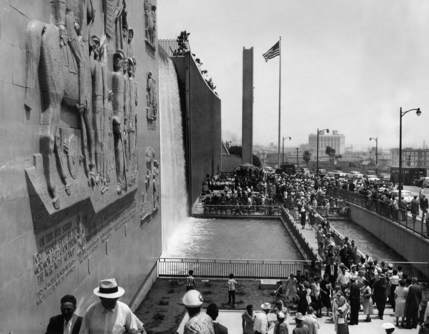 Dedication of Fort Moore Hill Pioneer Memorial Wall in 1958