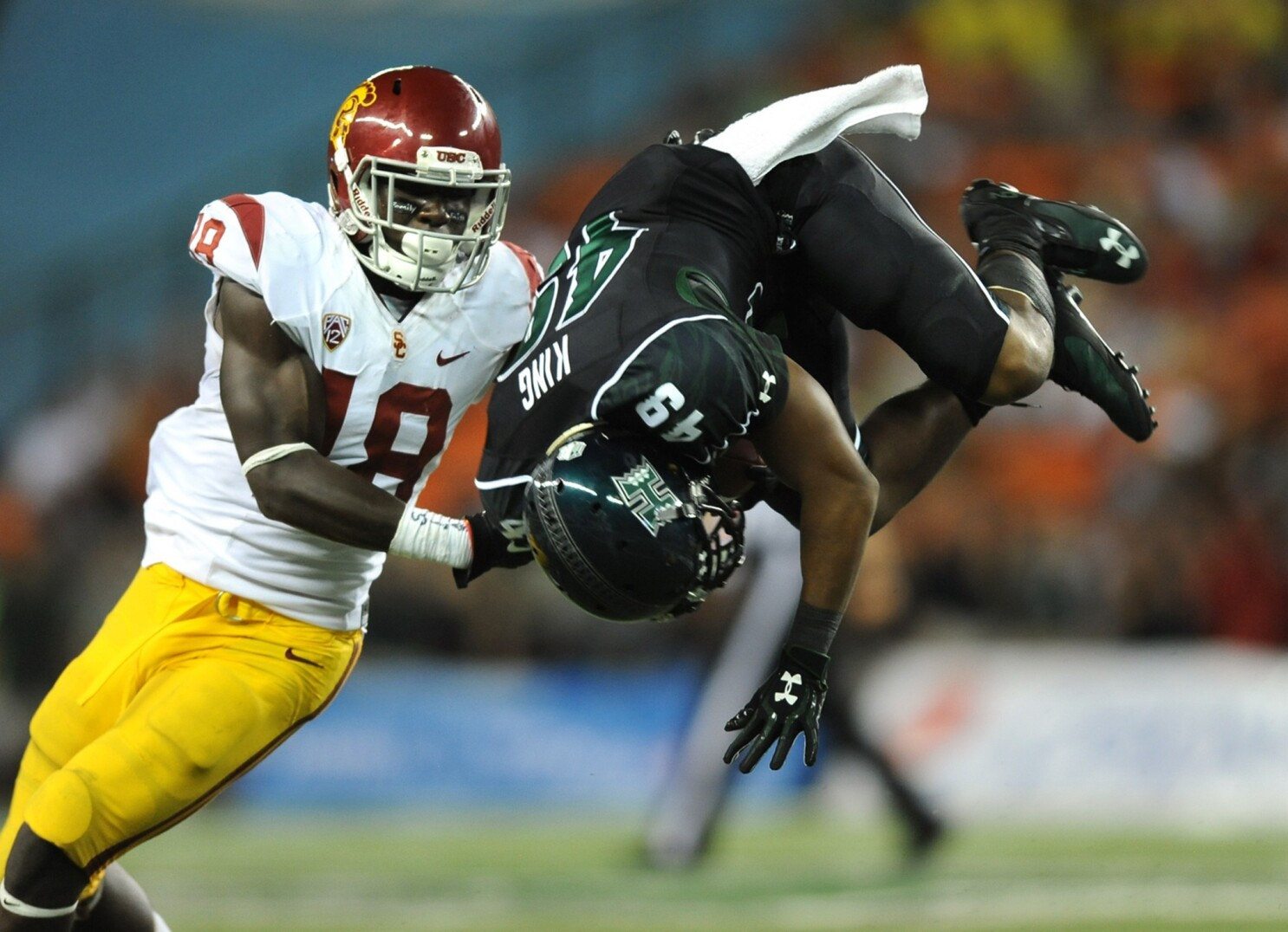 USC's Dion Bailey glad to be thinking out of the box - Los Angeles ...
