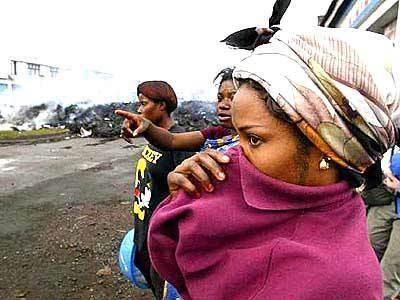 Goma residents survey the damage