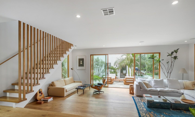Noah Mills's modern Venice home
