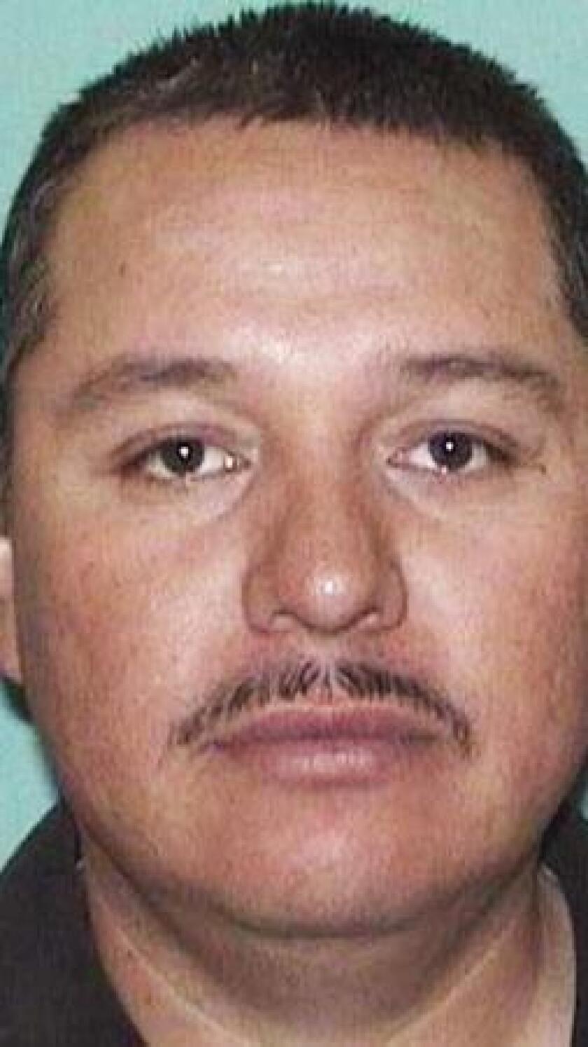 Juan David Villegas Hernández es el principal sospechoso de matar a su esposa y cuatro hijas el pasado fin de semana en el estado de Nuevo México.