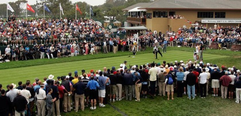The gallery crowded the first tee to watch the top-ranked golfers play at the U.S. Open at Torrey Pines in 2008.