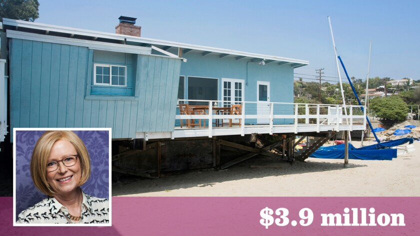 "Actress Eve Plumb, best known as middle child Jan on ""The Brady Bunch,"" has sold her oceanfront home in Malibu for $3.9 million."