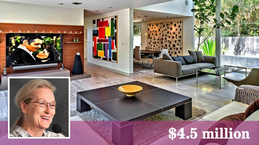 Meryl Streep sold the Midcentury remodel in Hollywood Hills West after slightly more than a year of ownership.