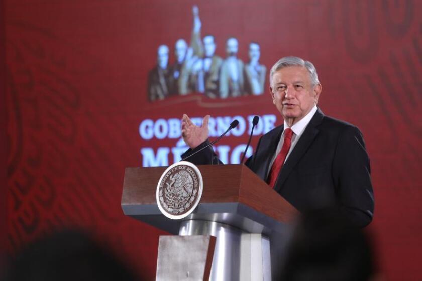 "Presidente mexicano ""toca madera"" ante una posible recesión mundial"