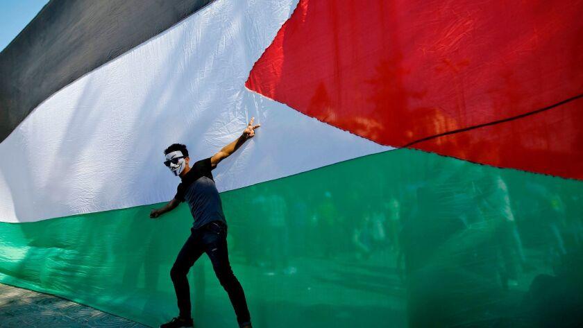 TOPSHOT-PALESTINIAN-ISRAEL-GAZA-EGYPT-POLITICS-CONFLICT