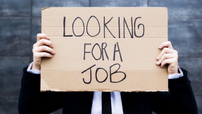 El departamento del trabajo informó que las solicitudes de desempleo aumentaron 2,000.