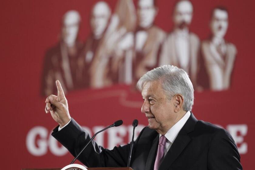 El presidente de México, Andrés Manuel López Obrador, habla durante una rueda de prensa en Ciudad de México (México). EFE/Archivo