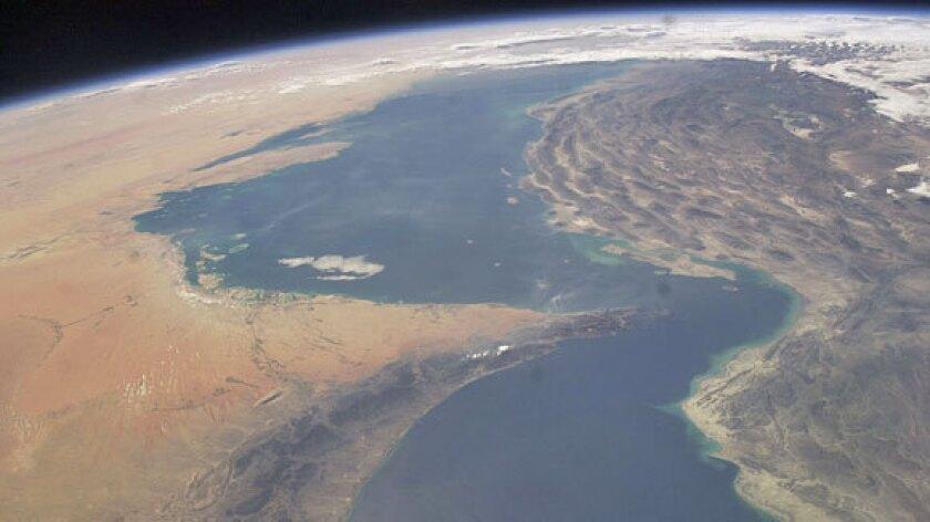 la-fg-iran-navy-20120712-001