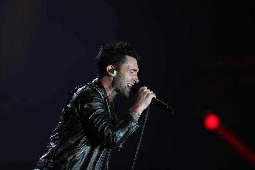 El vocalista de la banda estadounidense Maroon 5, Adam Levine, durante una presentación. EFE/Archivo