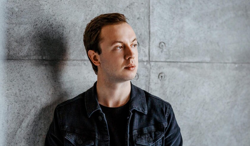 A photo of Andrew Rayel