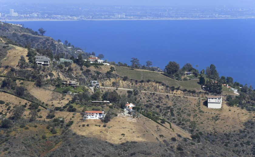 MALIBU, CA -- MONDAY, APRIL 25, 2016: A view of neighboring houses from Sweetwater Mesa, the 150-acr