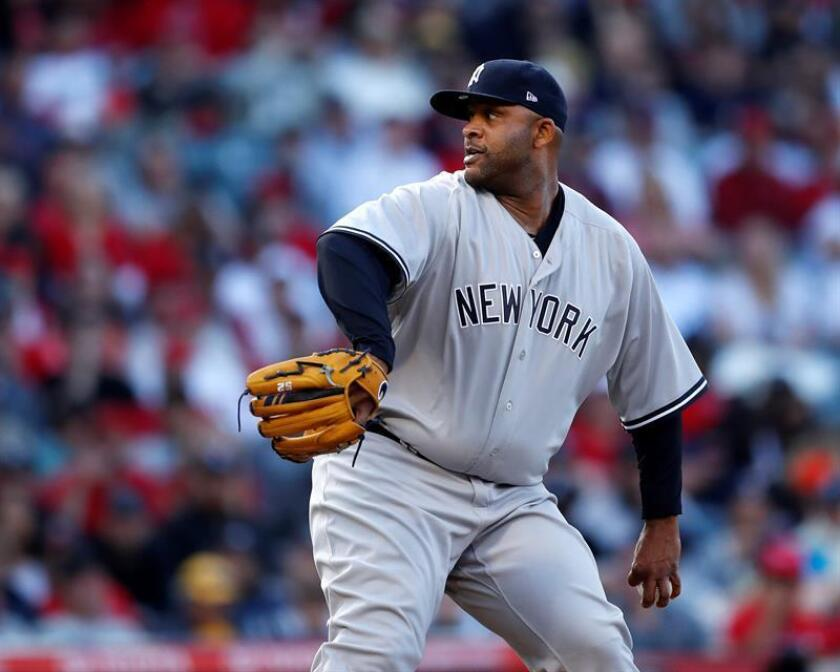 New York Yankees starting pitcher CC Sabathia delivers in early action of the Yankees' against the Los Angeles Angels during their MLB baseball game at Angel Stadium in Anaheim, California, Anaheim, 29 April 2018. EFE