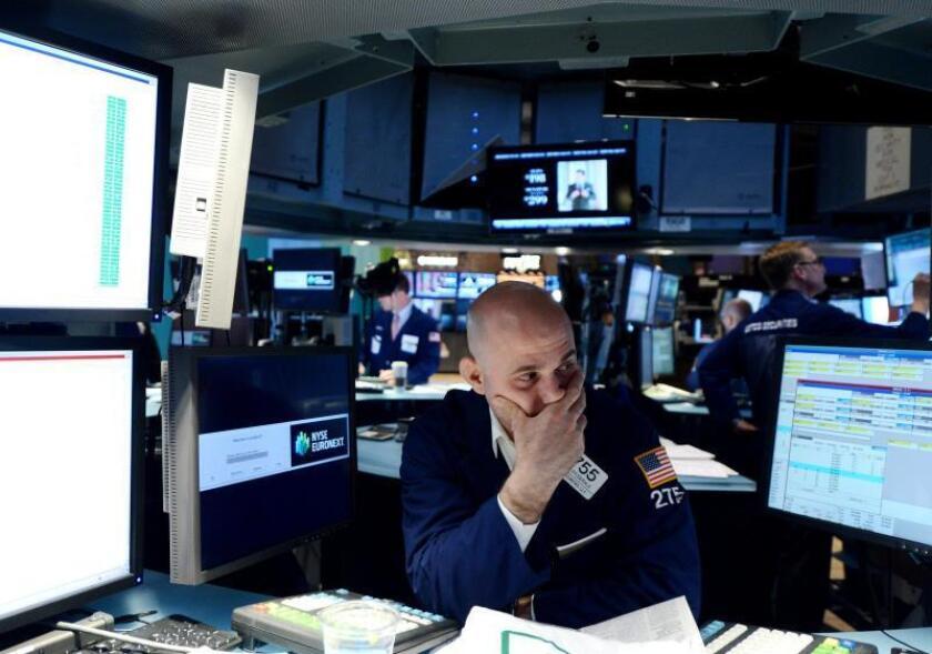 Wall Street cierra mixto y el Dow Jones encadena 8 días de ganancias