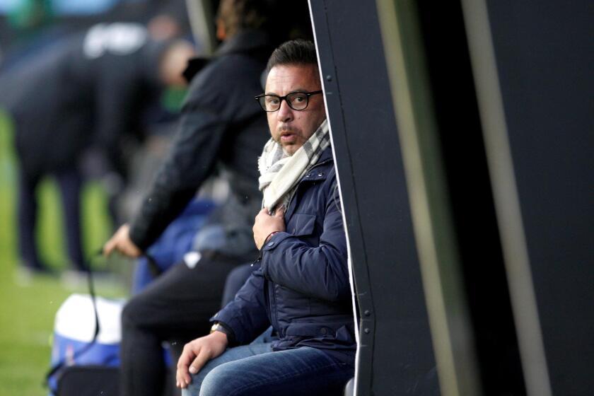 El entrenador del Celta de Vigo Antonio Mohamed en el partido de la d?cima jornada de LaLiga que Celta de Vigo y SD Eibar juegan esta tarde en el estadio de Balaidos, en Vigo.