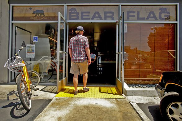 Bear Flag Fish Co. is a vision of seafood simplicity, the type that should exist along every waterfront but that rarely does.