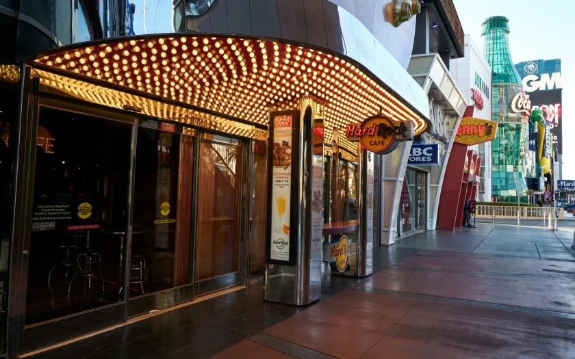 """El Strip de Las Vegas """"satisfecho ="""" 840 """"pico ="""" 525 """"/>   <div class="""