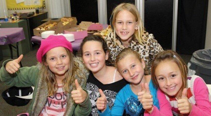 Zoe, Kendall, Casey, Galit, Milou (Photo: Jon Clark)