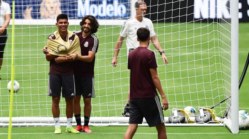FBL-CONCACAF-GOLDCUP-MEX-TRAINING