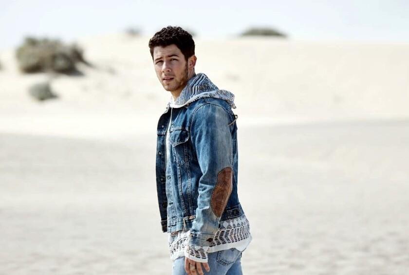 Nick Jonas fue uno de los asistentes a los MTV Movie & TV Awards.