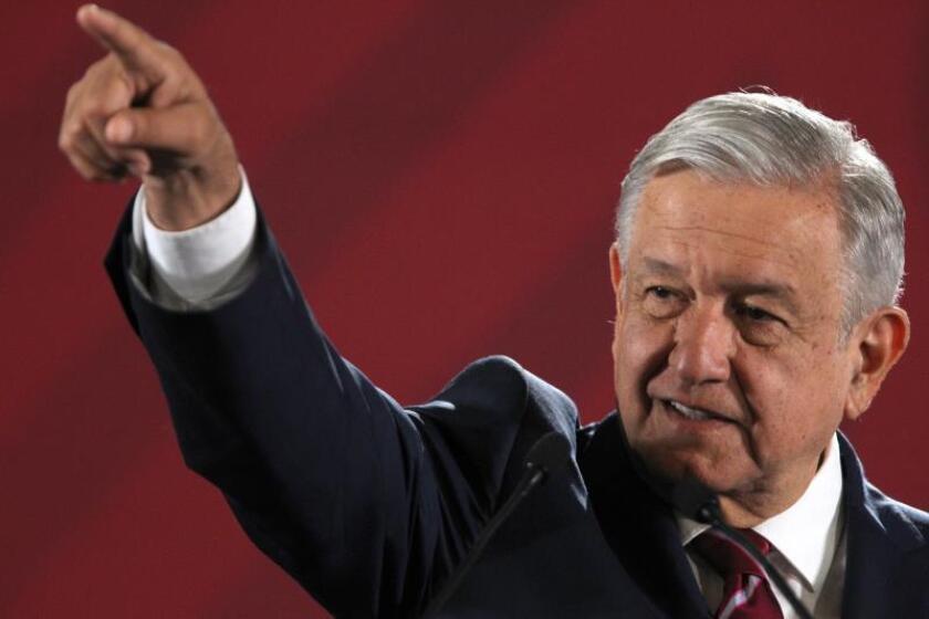 "Presidente de México dice que Emiliano Zapata les ""indica el camino a seguir"""
