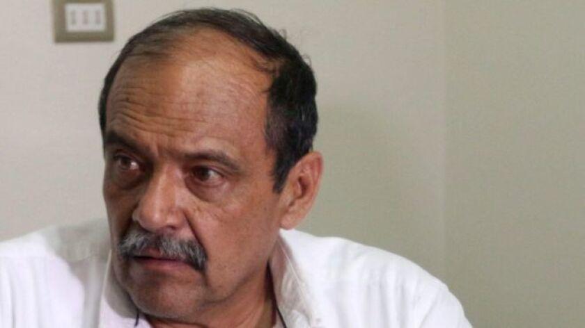 El director ejecutivo de la aerolínea boliviana Lamia, Gustavo Vargas, fue detenido este martes por funcionarios de la fiscalía que investigan el accidente del avión que dejó 71 muertos el pasado lunes en las cercanías de Medellín, Colombia.