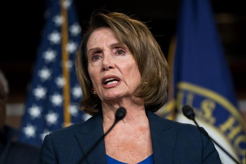 La líder de los demócratas en la Cámara Baja, la veterana Nancy Pelosi, afronta oposición dentro de su propio partido para ser a partir de enero la presidenta de esta Cámara, un cargo que se elegirá el próximo jueves y por el que se han interesado varios representantes desde las elecciones. EFE/ARCHIVO