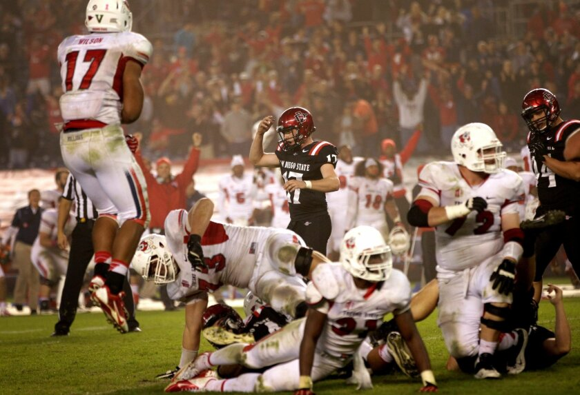 Seamus McMorrow missed a field goal of 37 yards in the 4th quarter to force overtime where Fresno State went on to win 35-28.