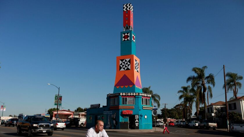 (Published 3/26/09, B-2) March 25, 2009_San Diego_California_USA_A replica of the Euclid Tower (abov