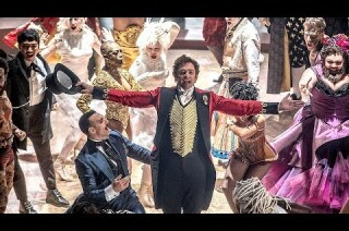 'The Greatest Showman' review by Justin Chang