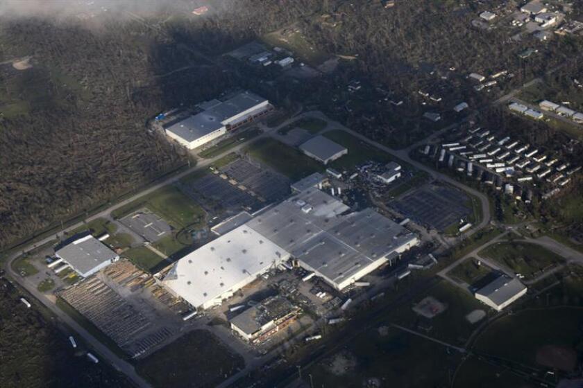 Fotografía cedida por la Guardia Costera estadounidense que muestra una vista aérea hoy, jueves 11 de octubre de 2018, durante una evaluación aérea del daño causado por el huracán Michael cerca de la localidad de Apalachicola, Florida (Estados Unidos). EFE/Ashley J. Johnson/Guardia Costera de los EE.UU./SOLO USO EDITORIAL/NO VENTAS