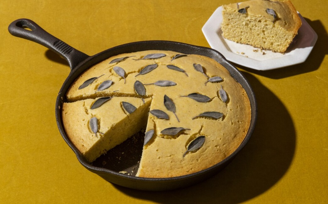 Cast-Iron Cornbread